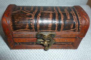 Шкатулка деревянная мини
